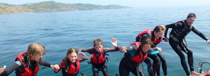 salcombe-boat-trip-sailor-4
