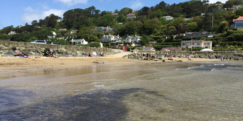 Salcombe retreats by the sea - North Sands