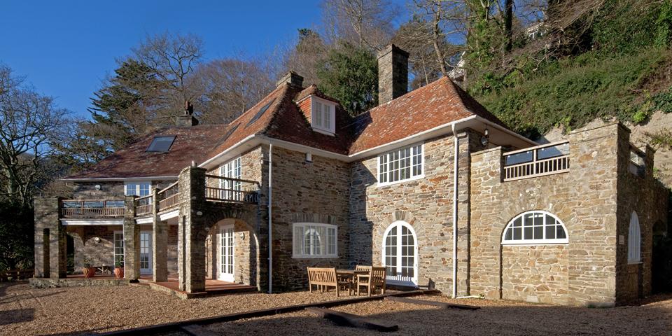 Large holiday cottages - Oversteps