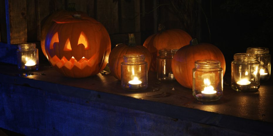 Halloween Activities for kids, pumpkin carving