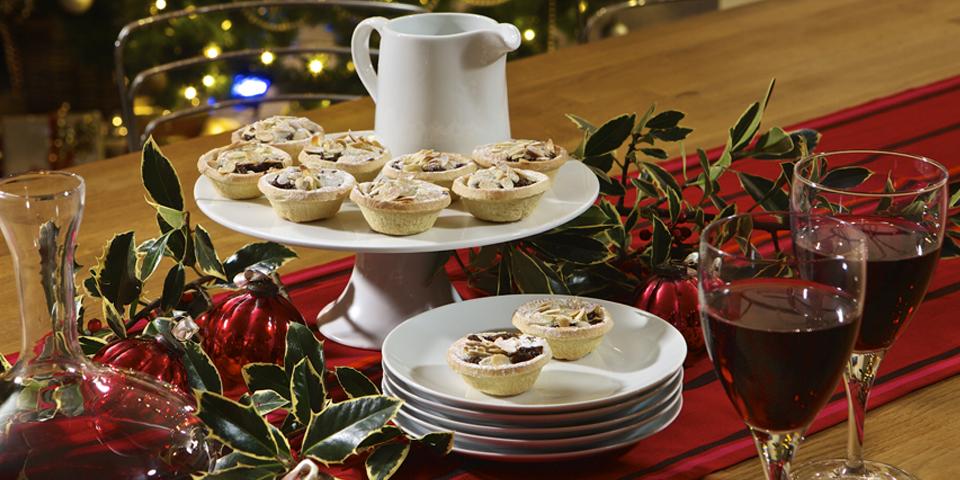 Christmas Breaks in Devon - Mince pies