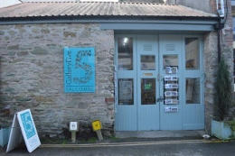 Gallery Five on Island Street in Salcombe