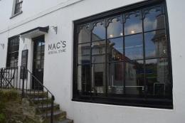 Mac's in Salcombe