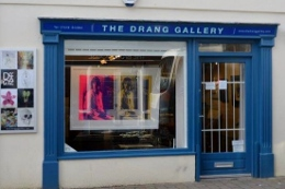 Drang Gallery on Fore Street in Salcombe