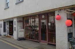 JON menswear in Salcombe