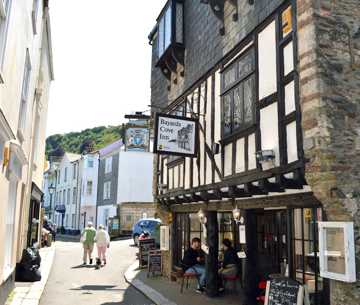 Dartmouth cafes 7 of the best coast country cottages for Dartmouth swimming pool opening times