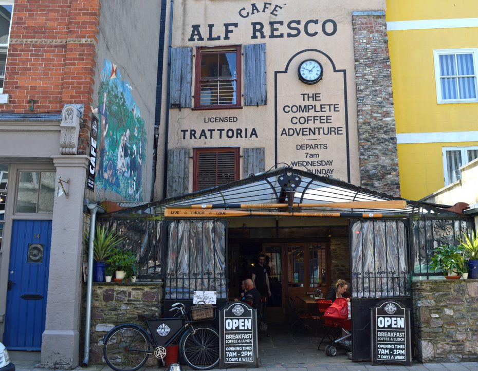 Cafe Alf Resco - one of the most popular Dartmouth cafes