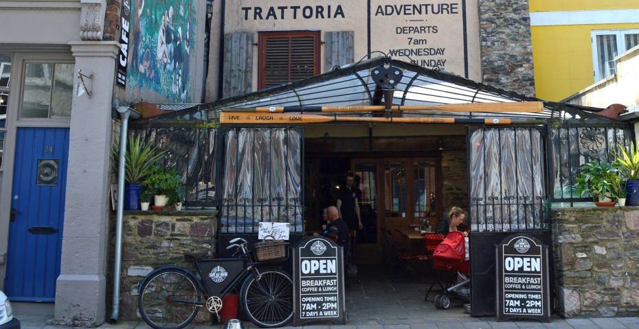 Dartmouth Cafes alfs