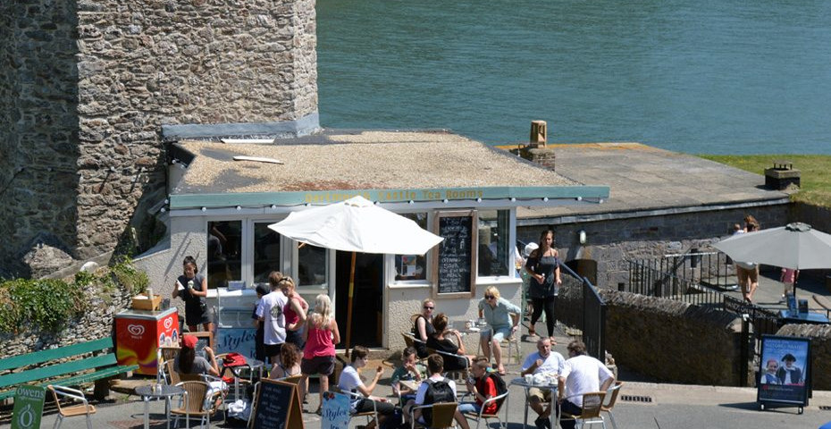 Dartmouth cafes