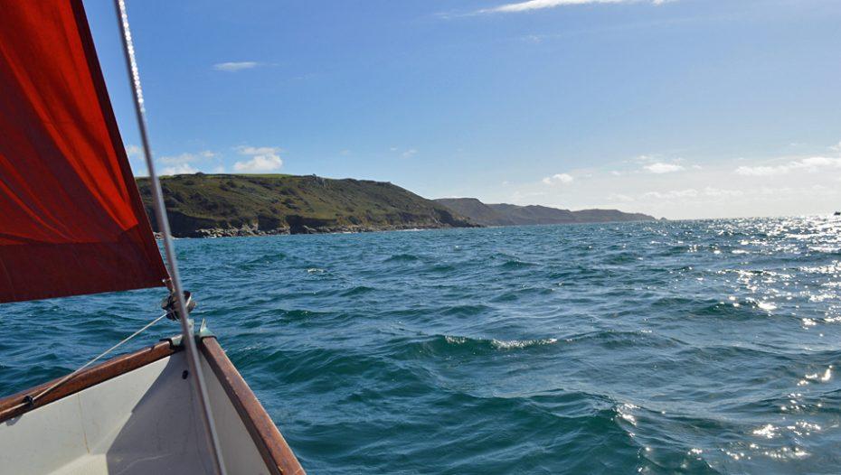 Sailing out of the Kingsbridge Estuary