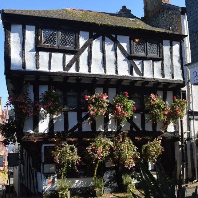 The Cherub Inn is a cosy little pub in Dartmouth.