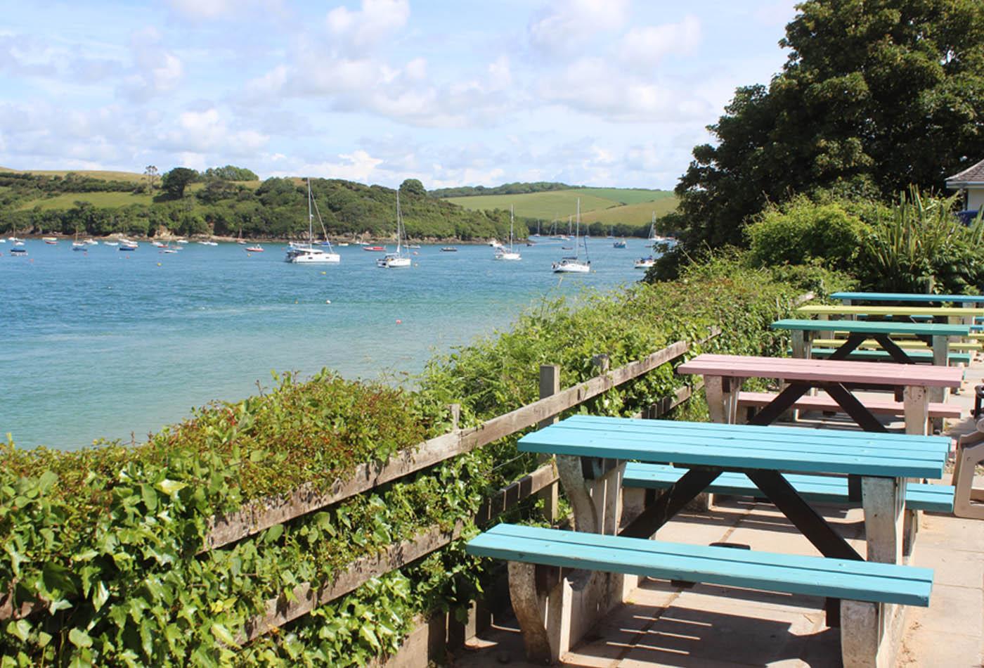 Salcombe cafés feature image of Venus Café East Portlemouth
