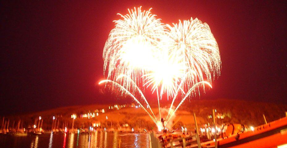 fireworks salcombe regatta 2016