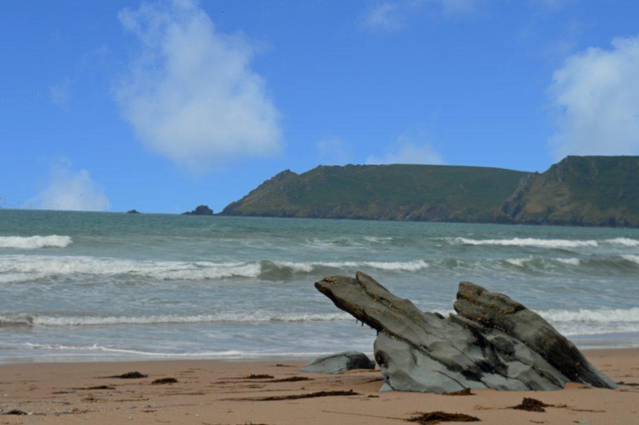 Gara Rock Beach (Seacombe Sands)