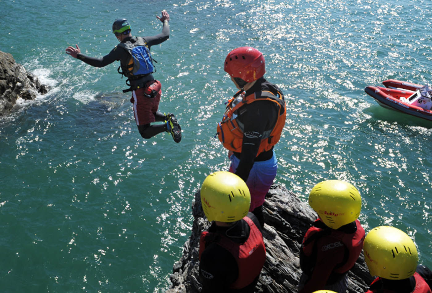 Coasteering in South Devon
