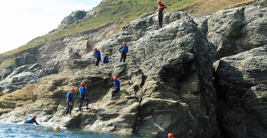 Coasteering in South Devon