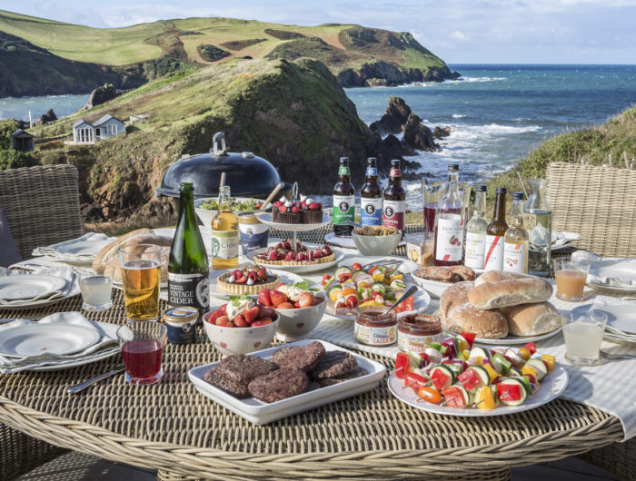 best accommodation for a South Devon barbecue - Drake House feature