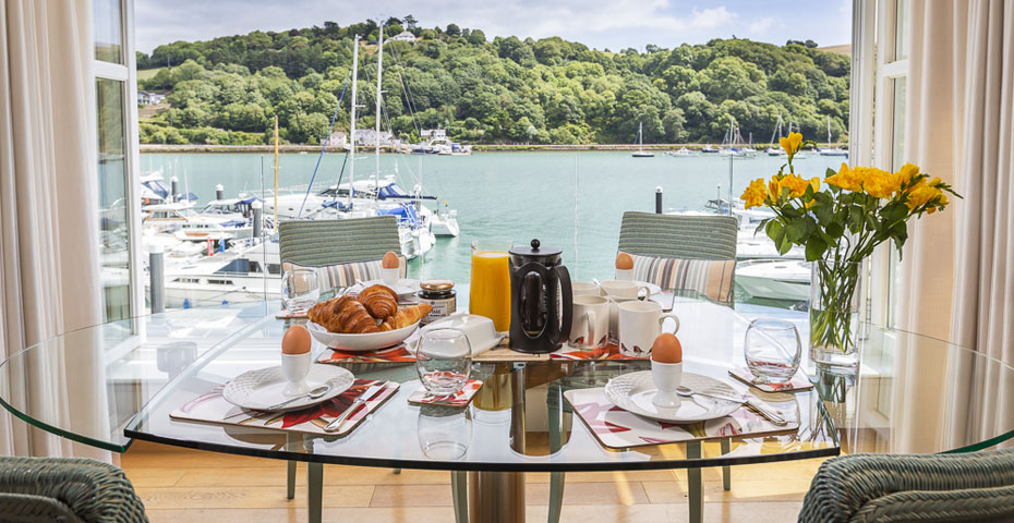 7 Dart Marina is a great place to stay for Dratmouth Food Festival