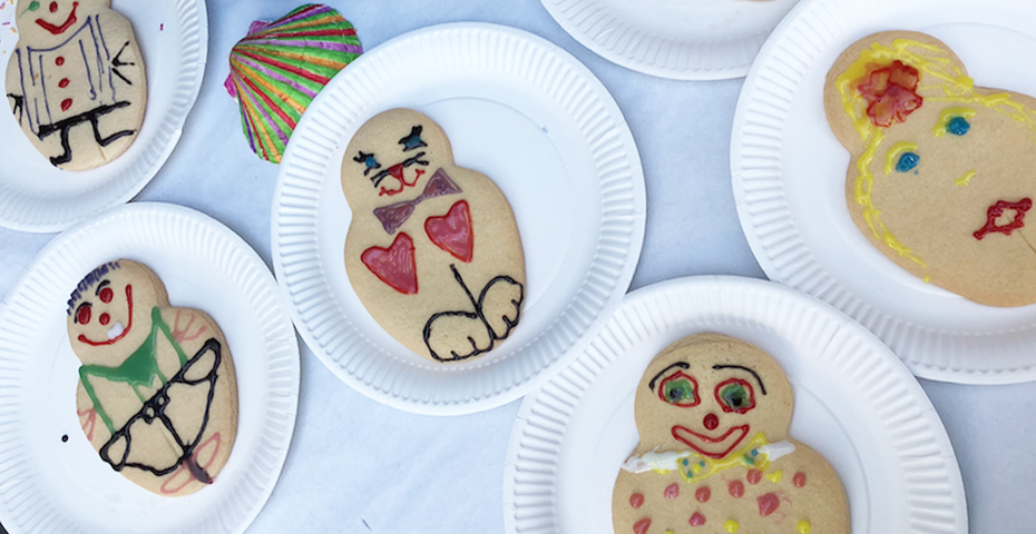 Dartmouth Food Festival - biscuit decorating for kids