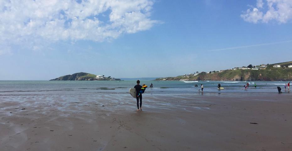 surfing in south devon - Bantham beach with kids