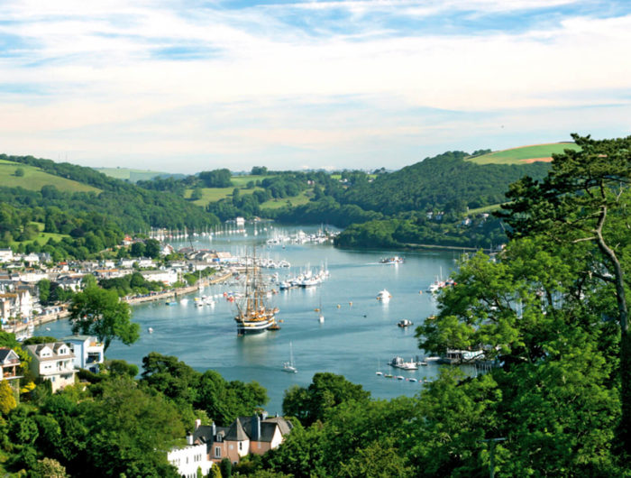 Dartmouth to Dittisham walk - Dartmouth and River Dart view