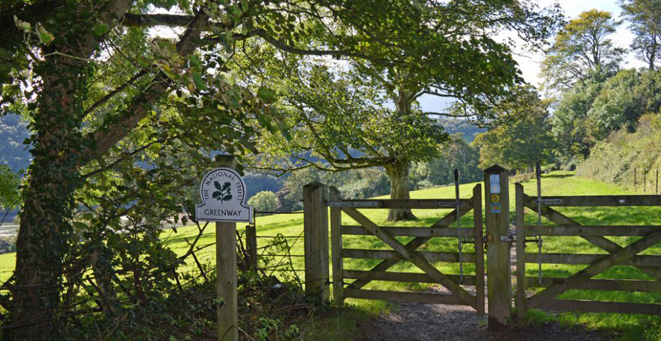 Dartmouth to Dittisham walk - entrance to Greenway
