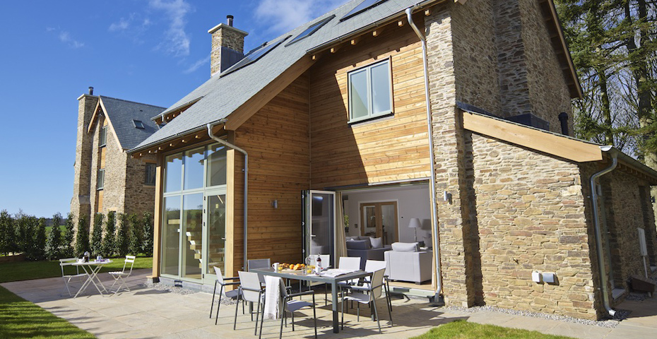 Holiday cottages in Blackawton - Hillfield Village accommodation
