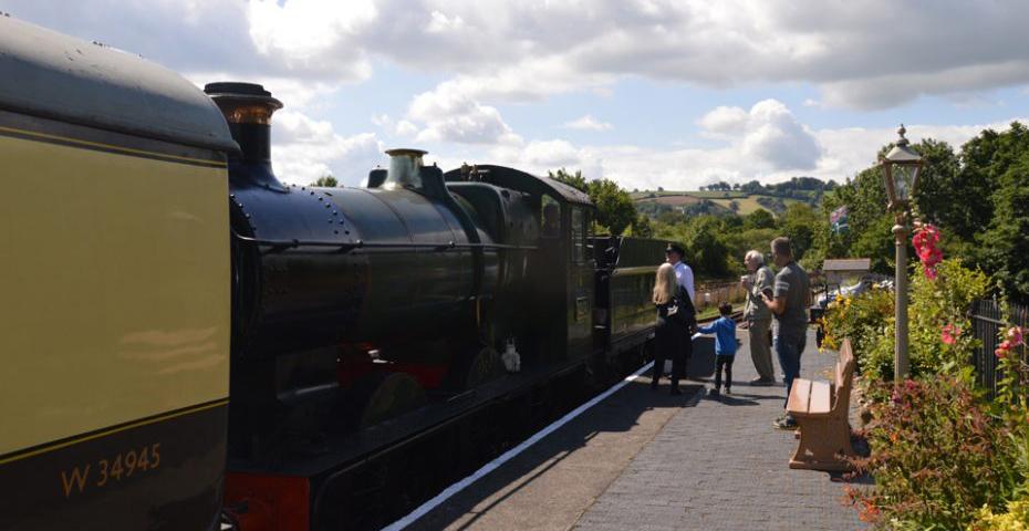 October half term in South Devon - Steam train rides at South Devon Railway
