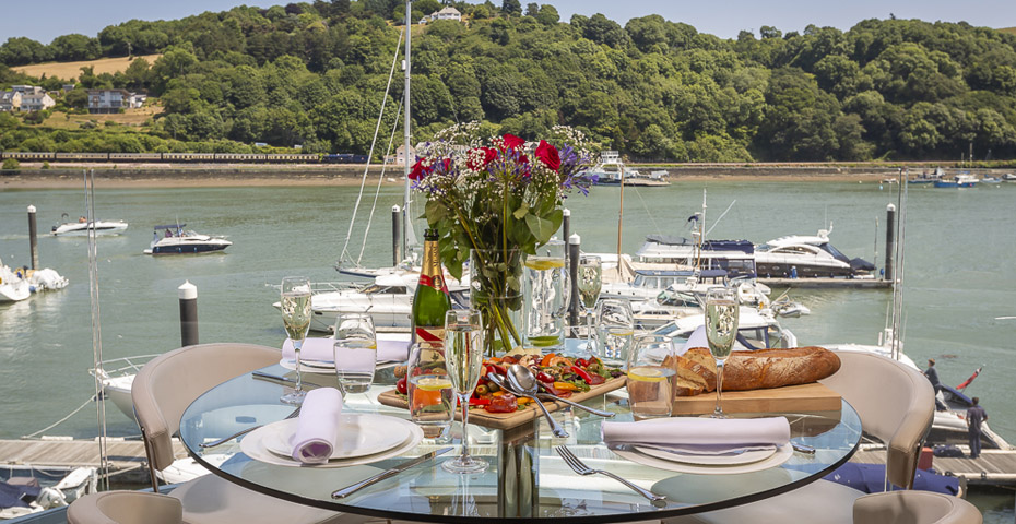 Things to do in Totnes - stay at nearby Dart Marina
