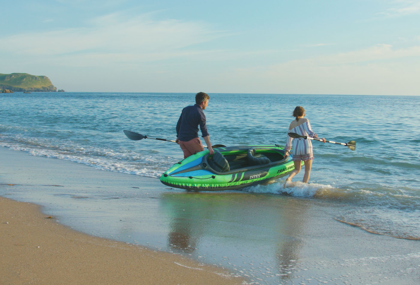 Thurlestone wellbeing holidays in South Devon - kayaking at Thurlestone Beach
