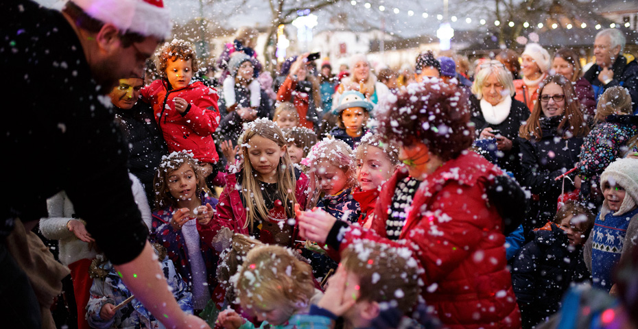 Christmas markets in South Devon - Kingsbridge Celebrates Christmas