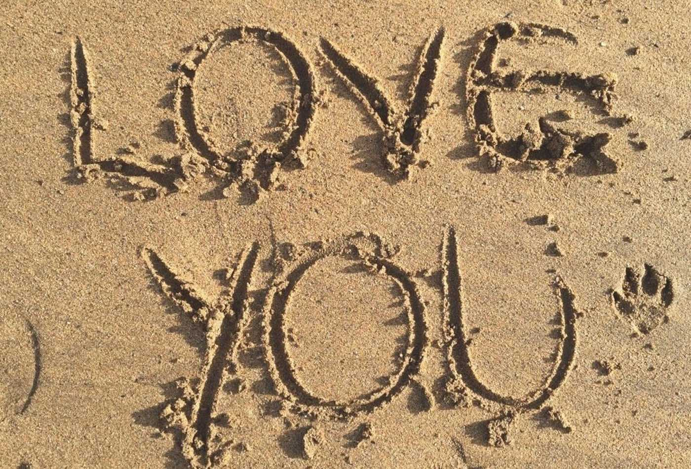 Love you in the sand - Valentine's Day in South Devon