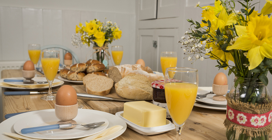 plan an Easter break around an Easter event in South Devon at Crab Cottage