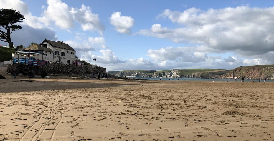 Bigbury-on-Sea beach and The Pilchard Inn
