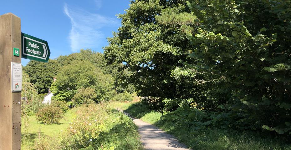 Public footpath in Modbury