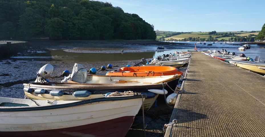Stoke Gabriel boats and pontoon