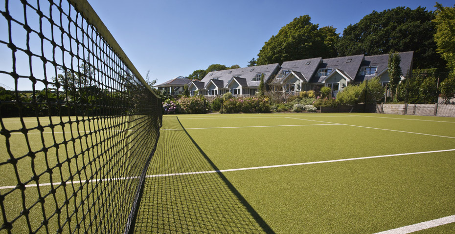 Hillfield Village tennis court and cottages