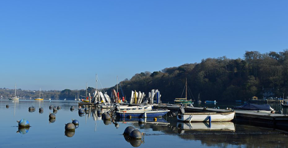 Crabbing at Dittisham near Gitcombe Estate