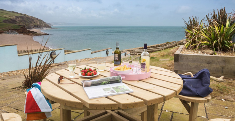 Kittawake dog-friendly beachside holiday homes in Devon