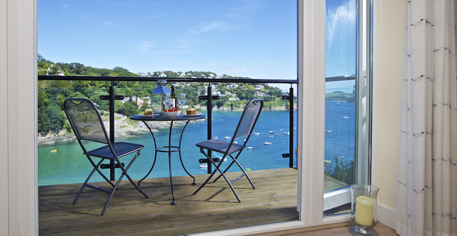 4 Bolt Head holiday cottage - are holiday lets a good investment?