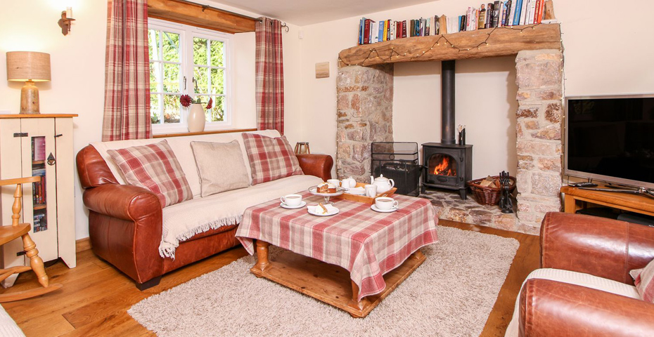 winter maintenance tips - Abbotskerswell holiday cottage