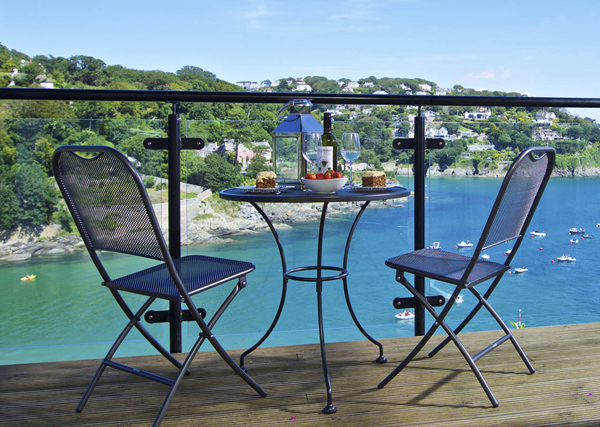 Holiday let insurance - seaside holiday cottage