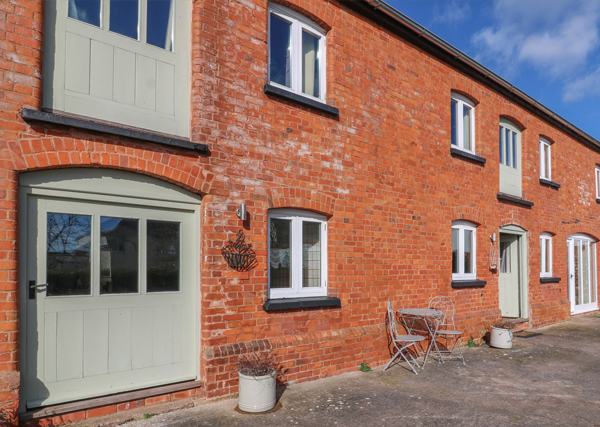 outbuilding renovated to a holiday let - holiday let planning permission