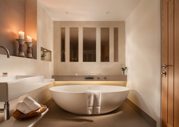 How to furnish a holiday let bathroom