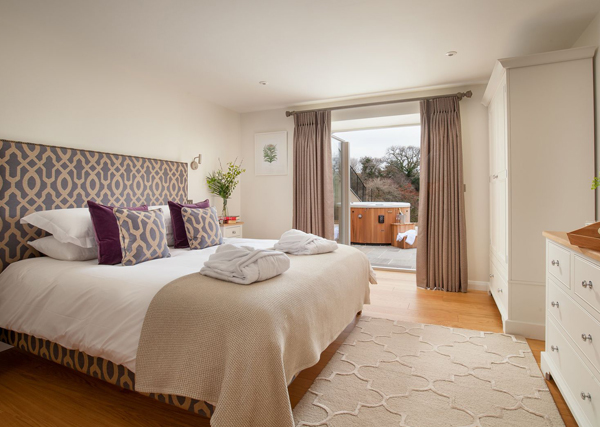 How to furnish a holiday let bedroom