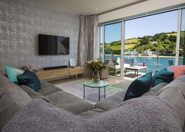How to furnish a holiday let lounge