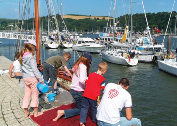 Crabbing tips _ Dartmouth crabbing on the embankment