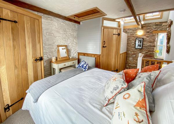 Pilchard Cottage bedroom - Meet the owners Pilchard Cottage Brixham