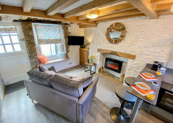 Pilchard Cottage lounge - Meet the owners Pilchard Cottage Brixham