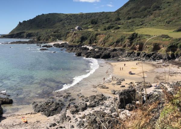 secret devon beaches Lannacombe beach